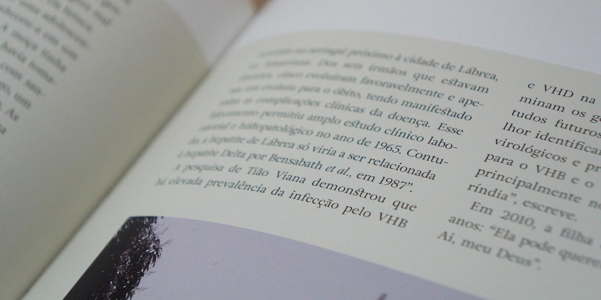 Detail of Adriane Text in use in *Rumores do Silêncio* designed by Daniel Justi.